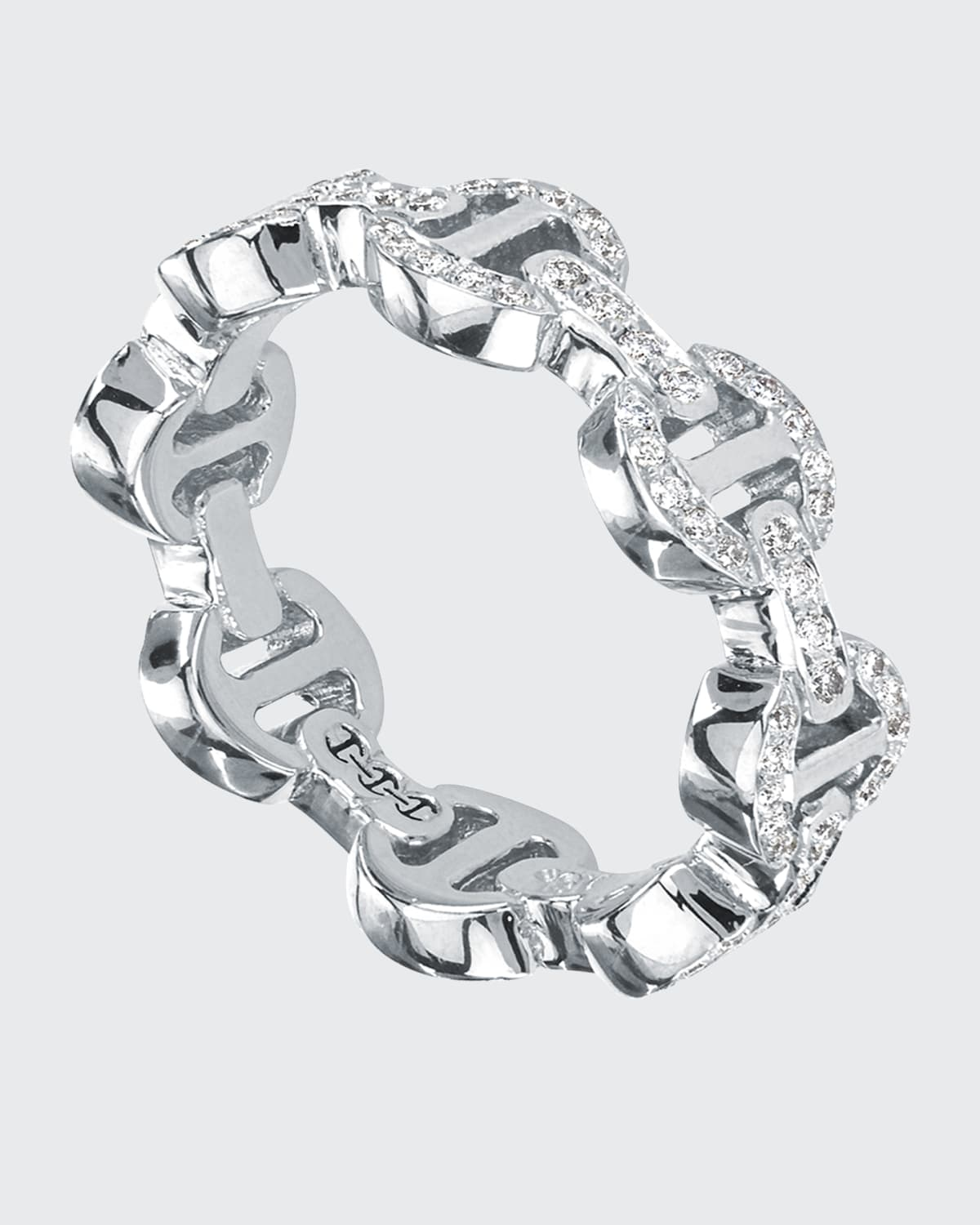 18k White Gold Dame Tri-Link Antiquated Ring with Diamonds