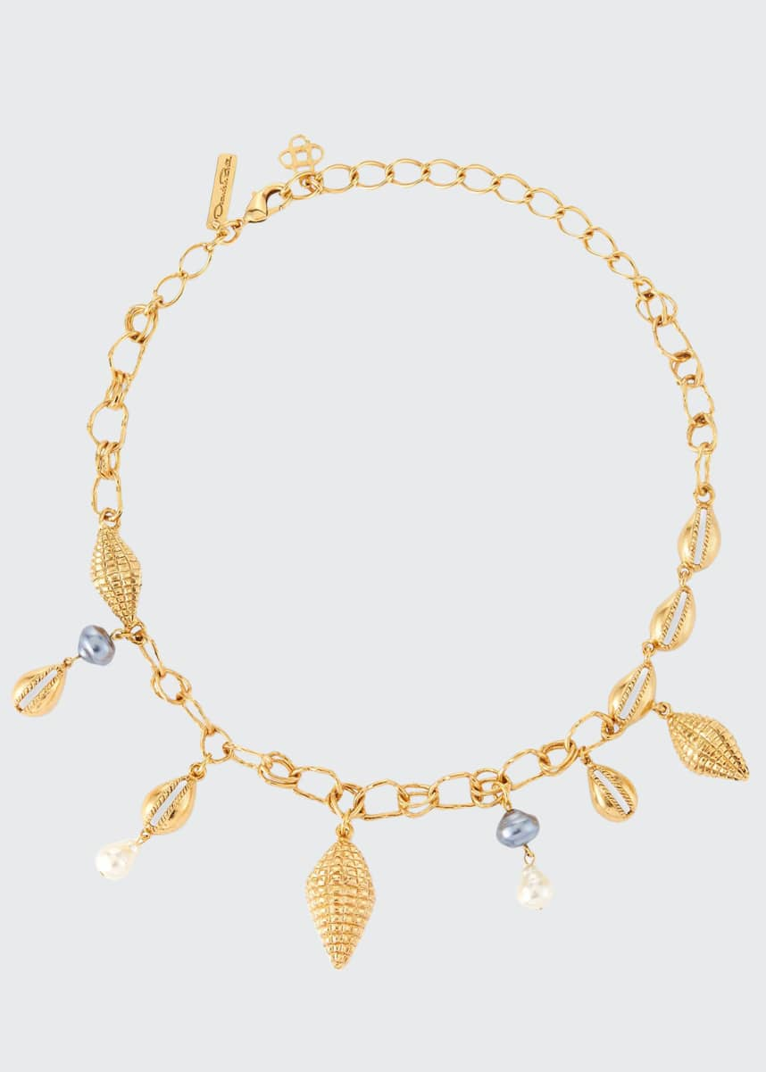 Oscar de la Renta Shell Charm Necklace