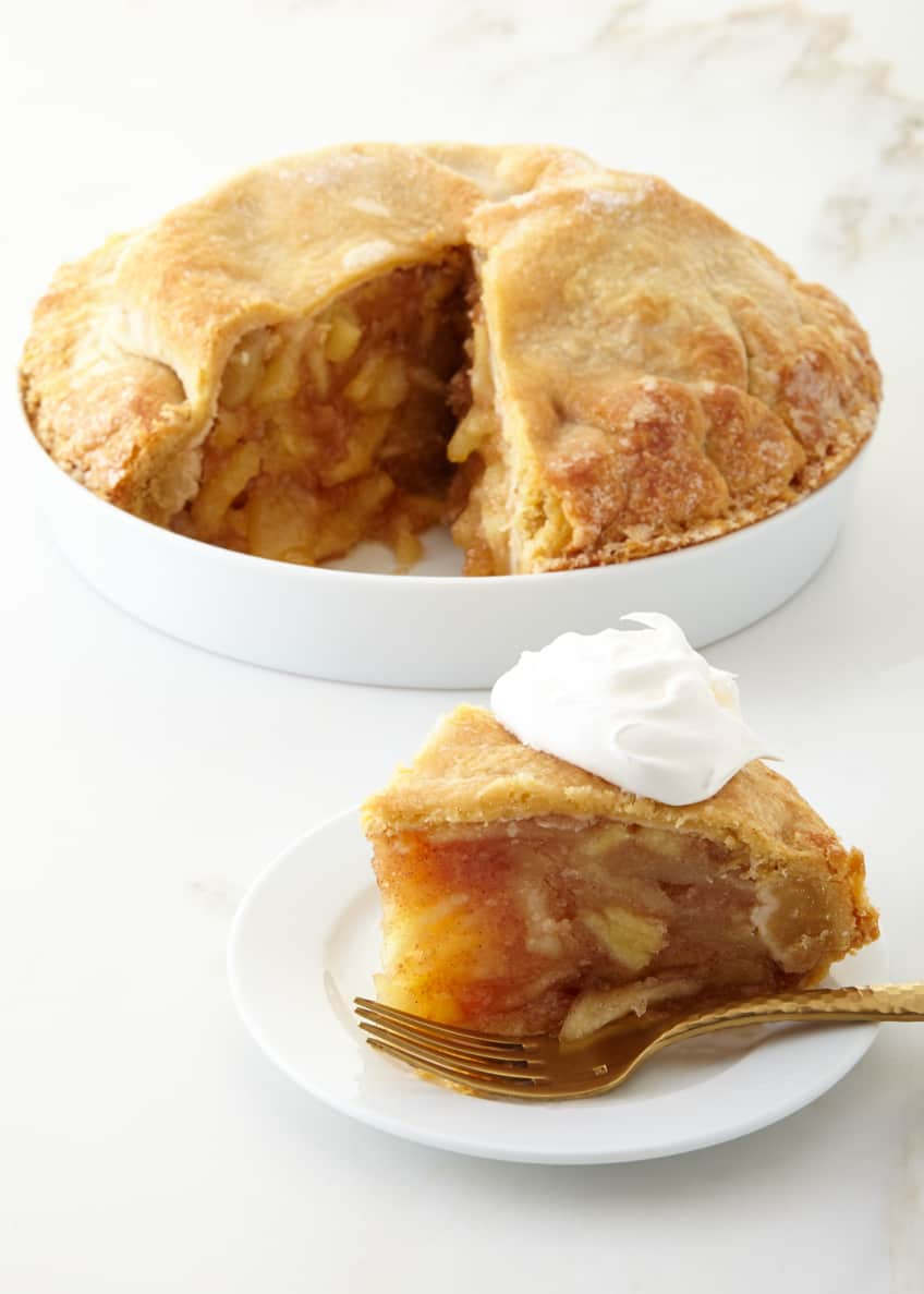 Image 1 of 2: Traditional Apple Pie, For 10-12 People