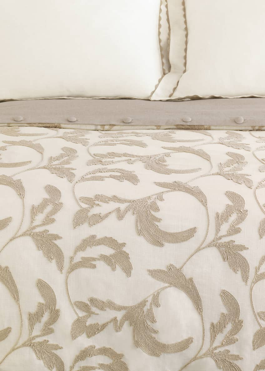 Image 1 of 1: Bramble Oversized Queen Duvet