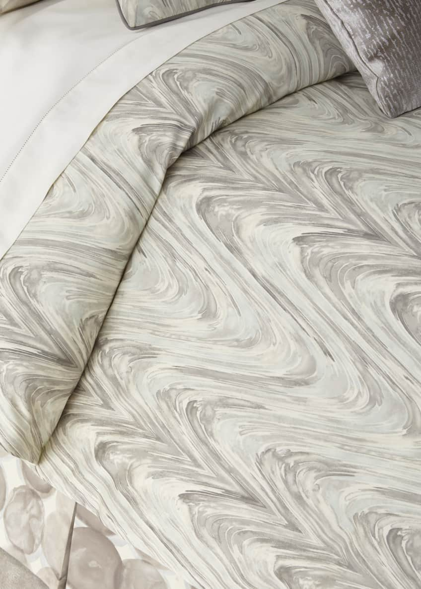Image 1 of 1: Tides King Duvet
