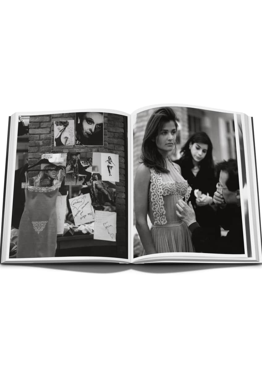 Image 3 of 3: Alaia Livre de Collection Book
