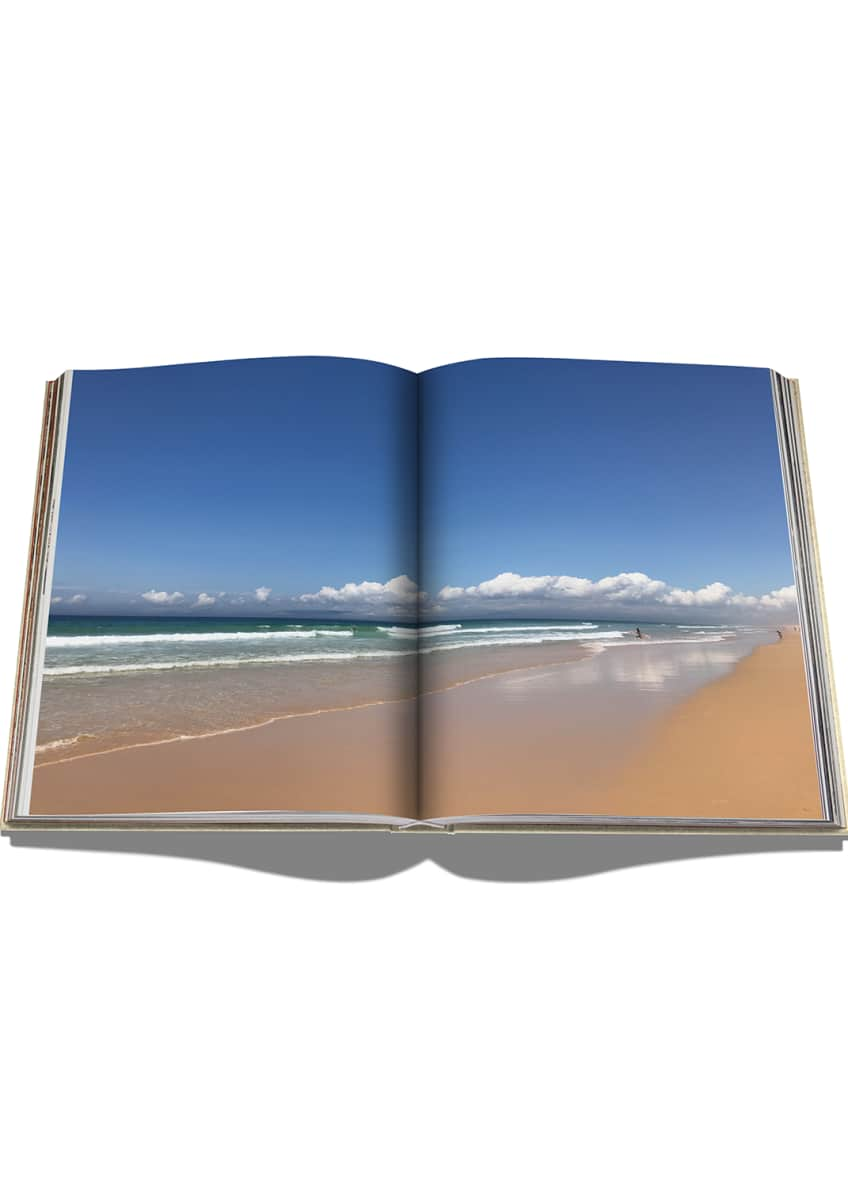 Image 2 of 4: Comporta Bliss Book