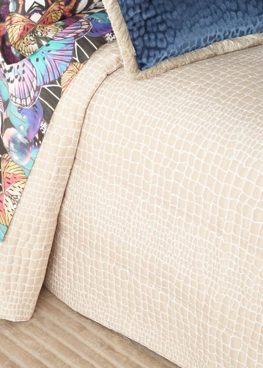 Image 1 of 1: Cocco Jacquard Quilt