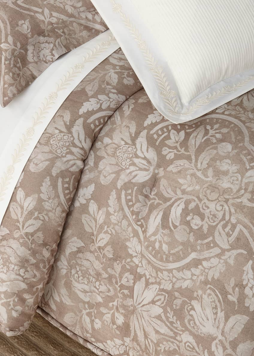 Image 1 of 1: Sonoma Valley King Comforter
