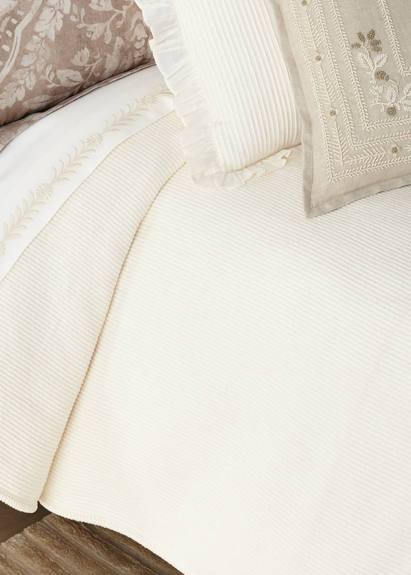 Image 1 of 1: Cortona Full/Queen Bed Blanket