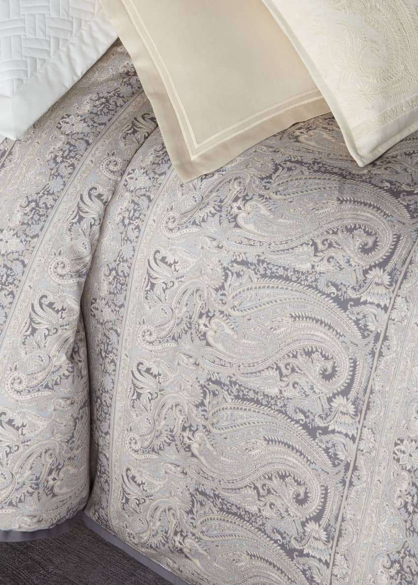 Image 1 of 1: Mariella Paisley Full/Queen Comforter