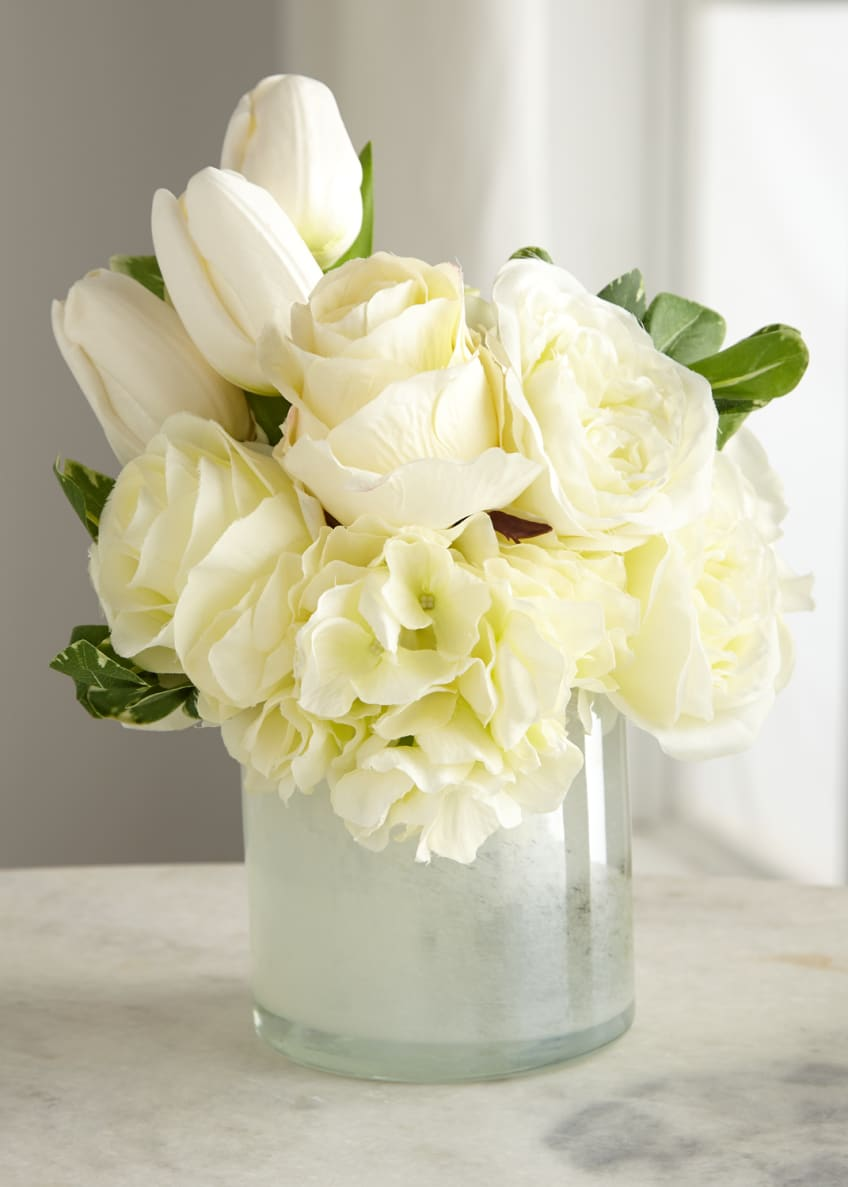 Image 1 of 1: Casa Blanca Floral Arrangement