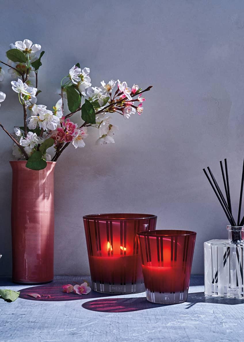 NEST New York Apple Blossom Classic Candle, 8.1 oz./ 230 g - Bergdorf Goodman
