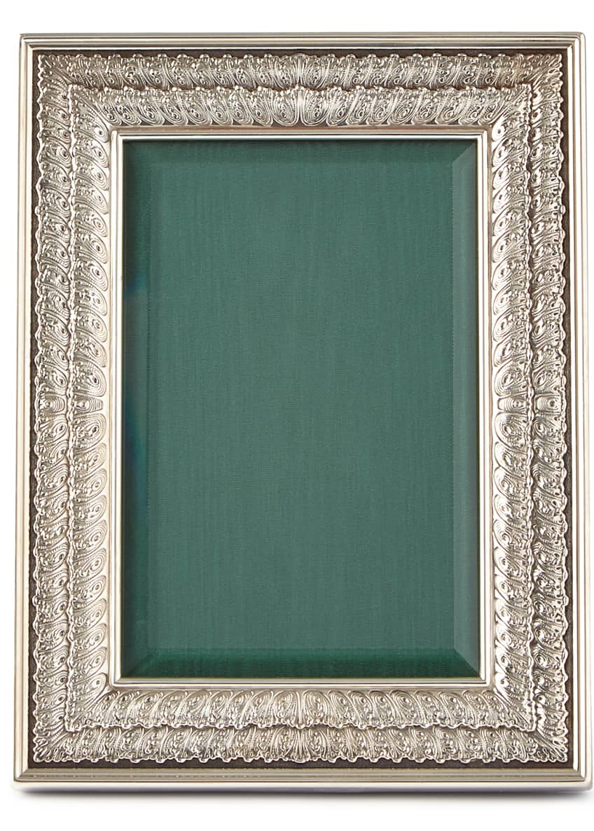 "Image 1 of 1: Double-Linenfold Frame, 4"" x 6"""