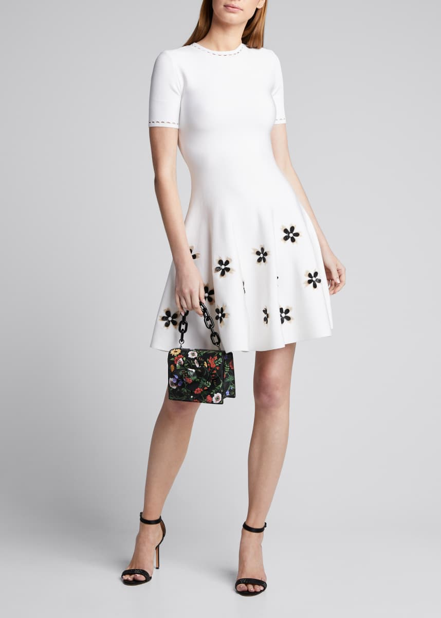 Oscar de la Renta Short-Sleeve Flower Applique Knit Dress