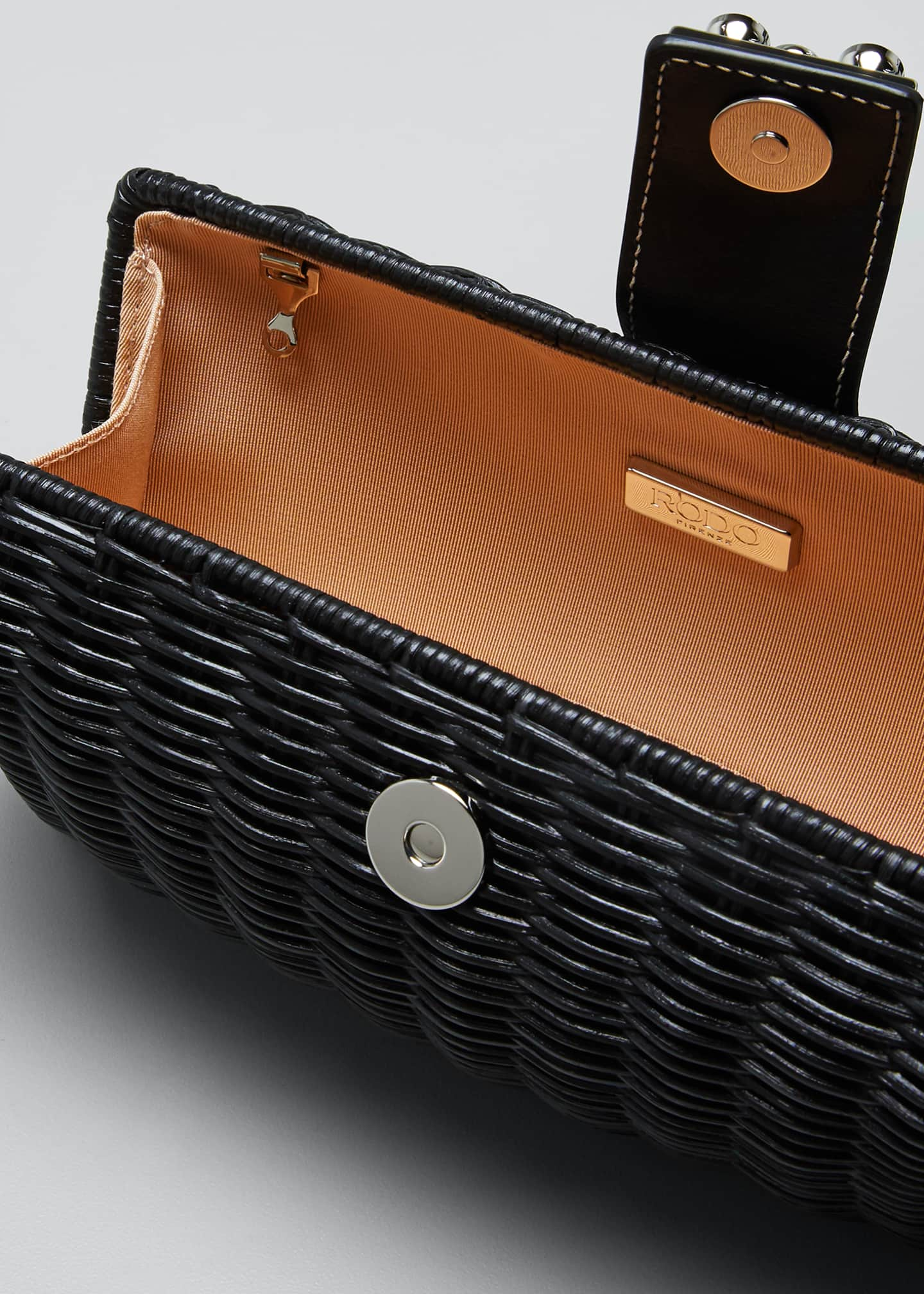 Image 4 of 5: Woven Wicker Clutch Bag
