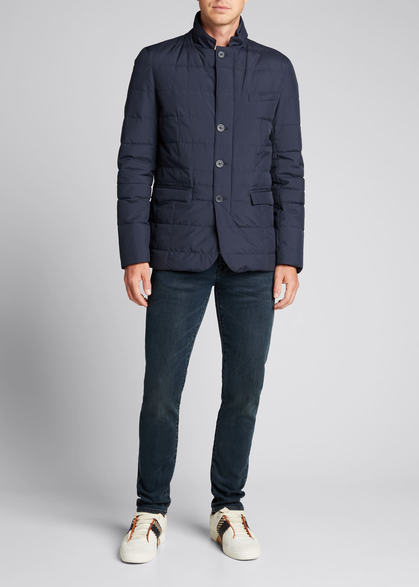 Image 1 of 5: Men's Quilted Three-Button Blazer