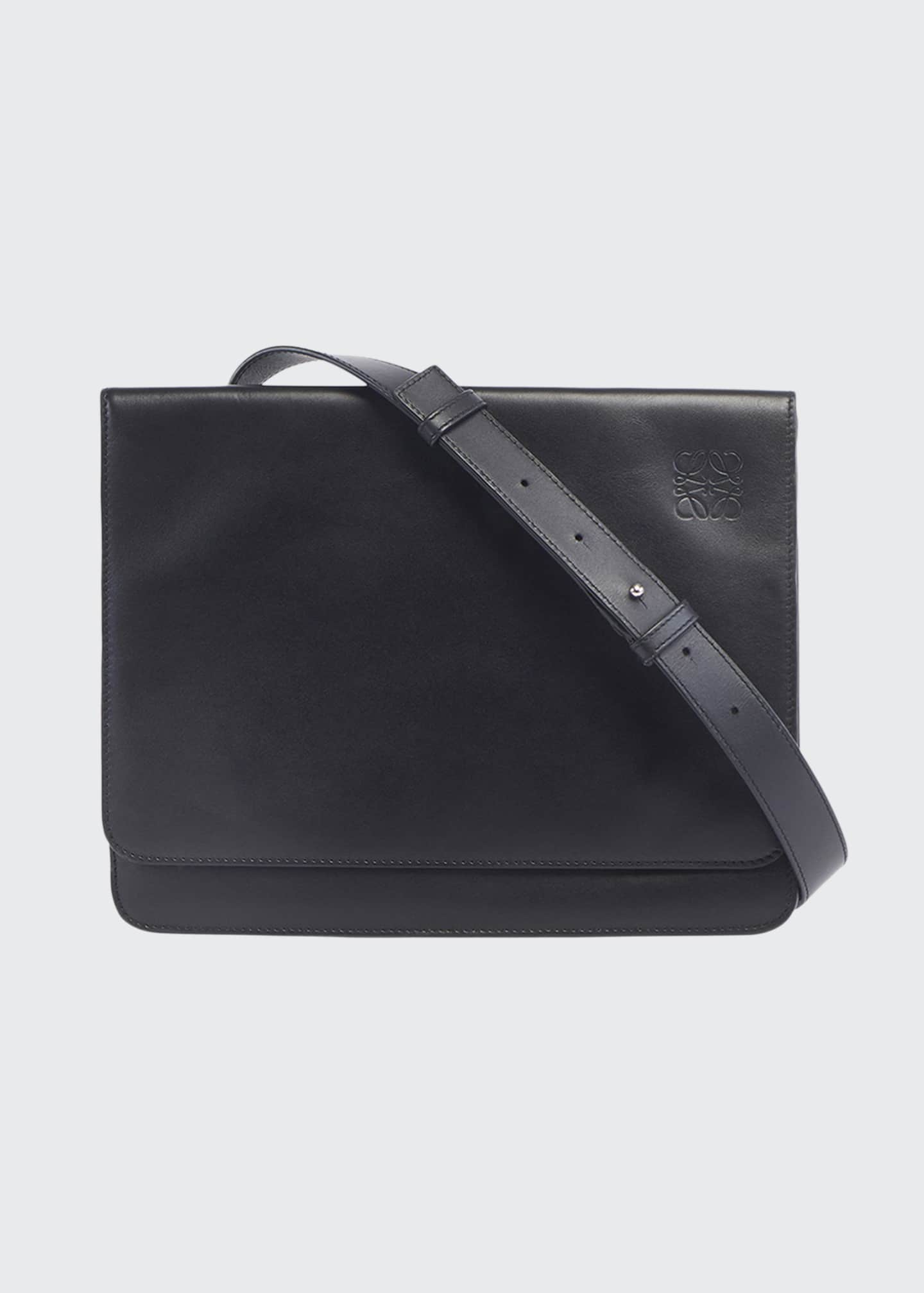 Image 1 of 3: Men's Flat Leather Messenger Bag