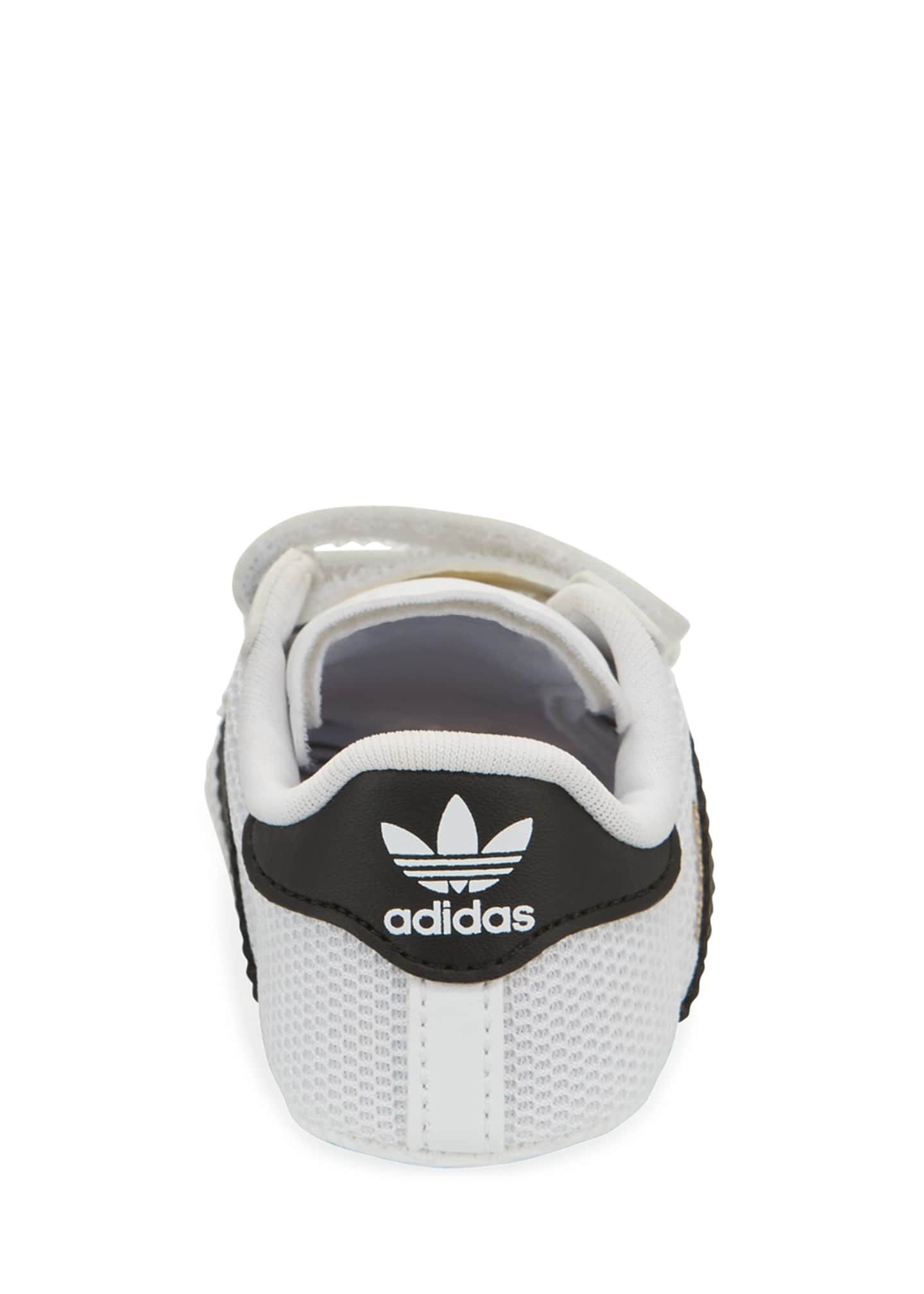 Image 2 of 2: Superstar Classic Crib Sneakers, Baby