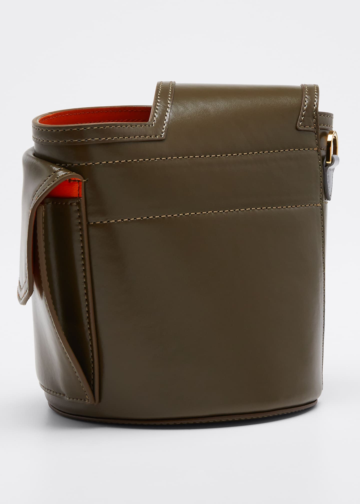 Image 3 of 4: Thermos Leather Bucket Bag