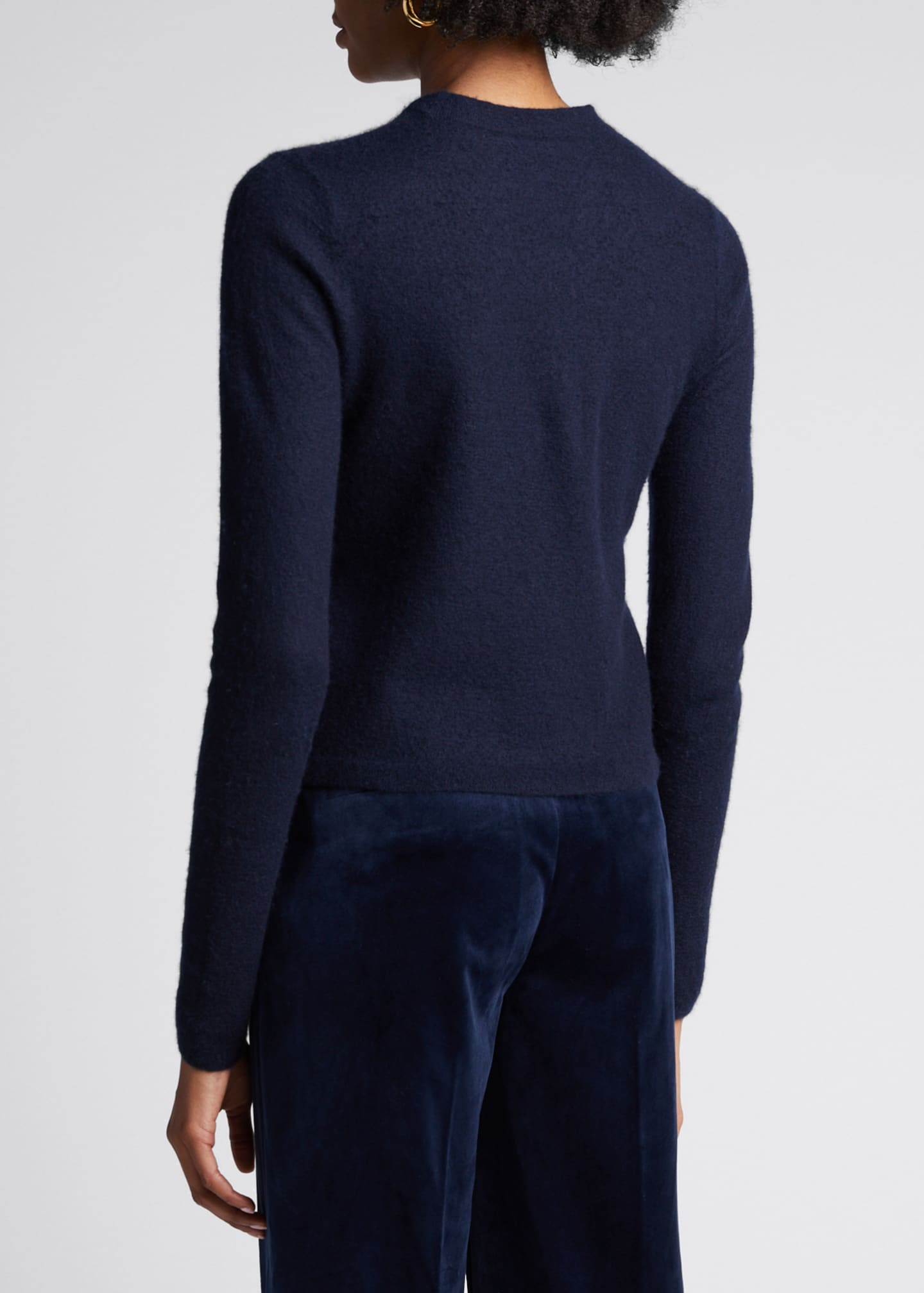Image 2 of 5: Fitted Crewneck Cashmere Sweater