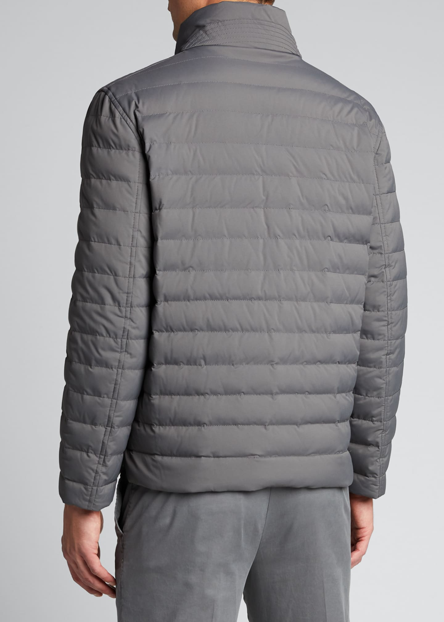 Image 2 of 5: Men's Lightweight Water-Resistant Down Jacket