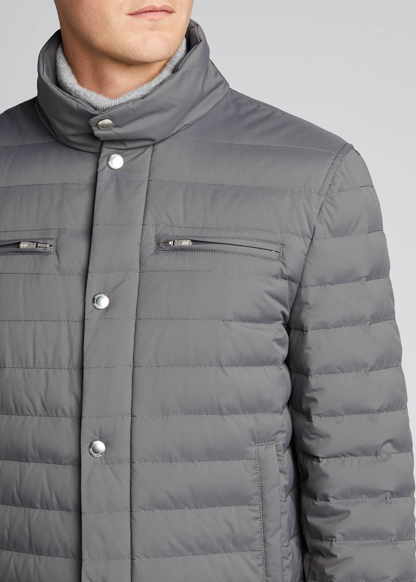 Image 4 of 5: Men's Lightweight Water-Resistant Down Jacket