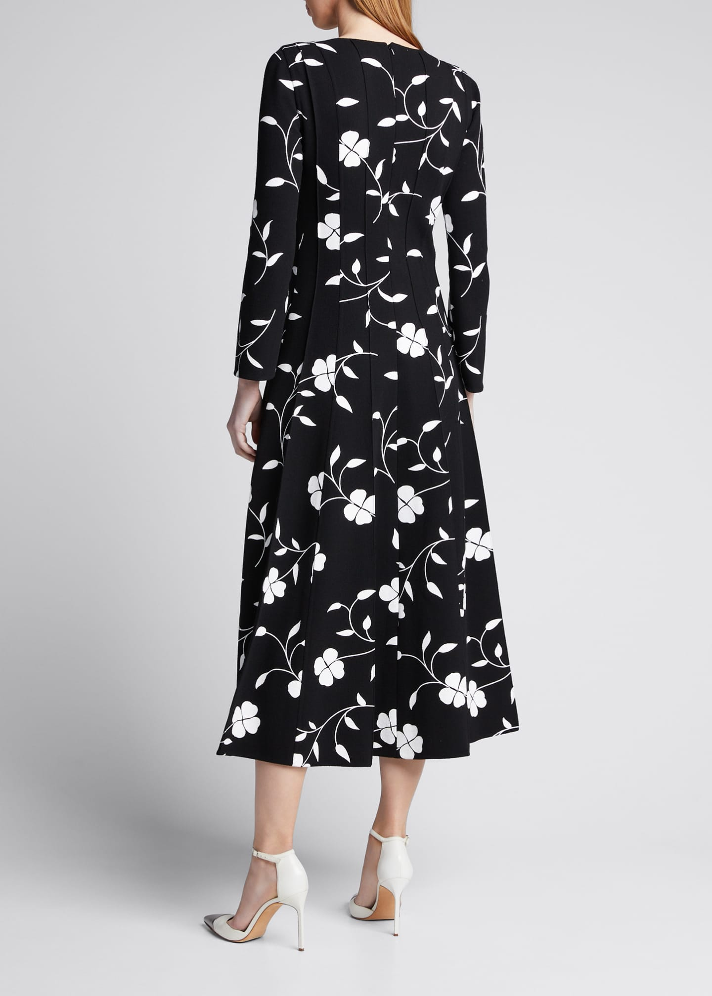 Image 2 of 5: Flower Plisse Slit Sleeve Midi Dress