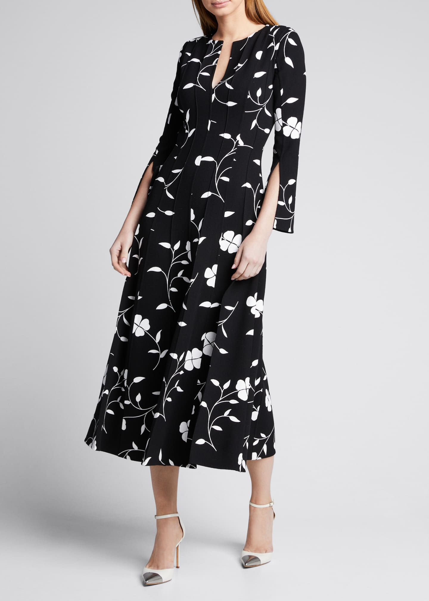 Image 3 of 5: Flower Plisse Slit Sleeve Midi Dress