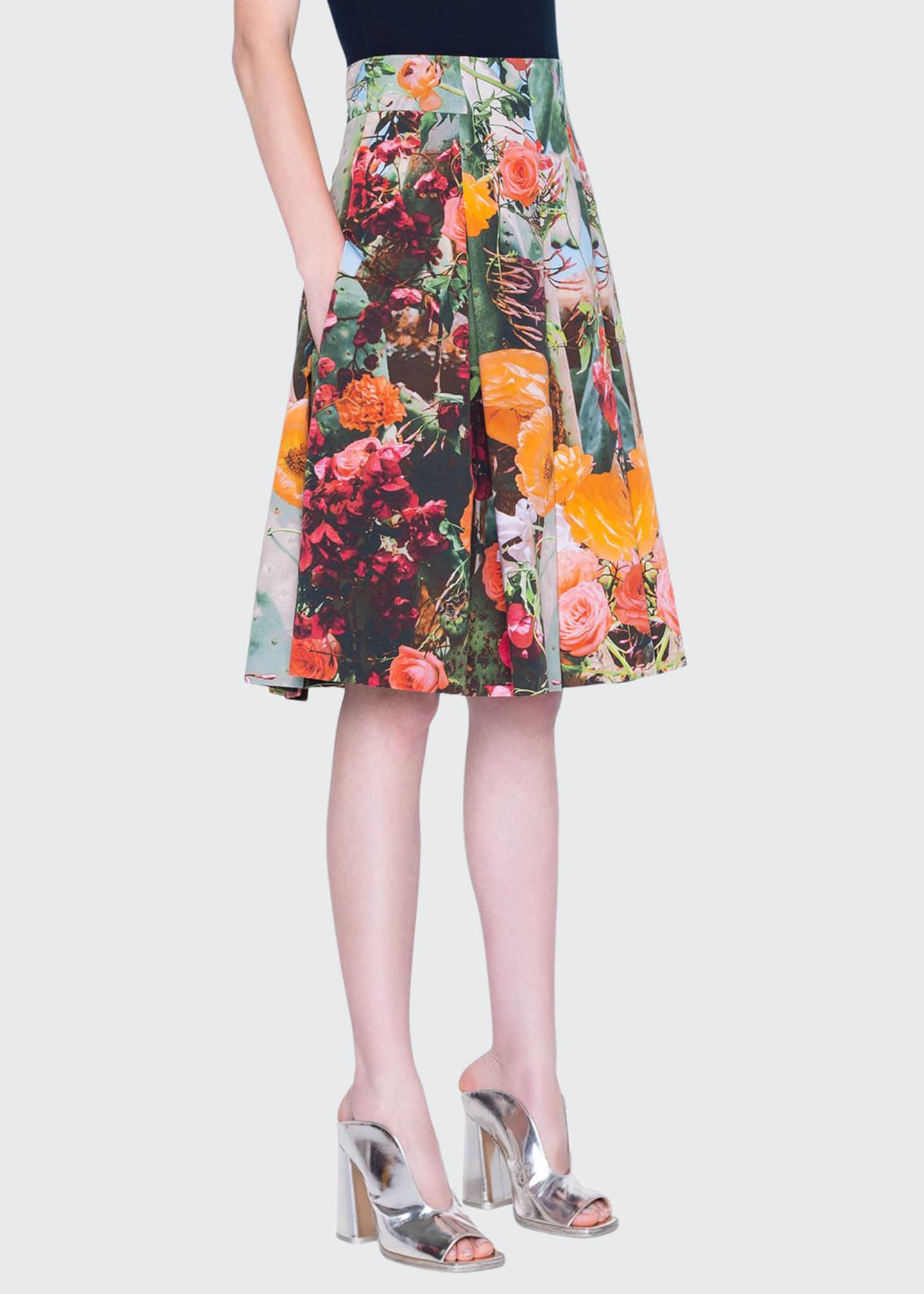 Akris punto Cactus Print Pleated Gabardine Skirt