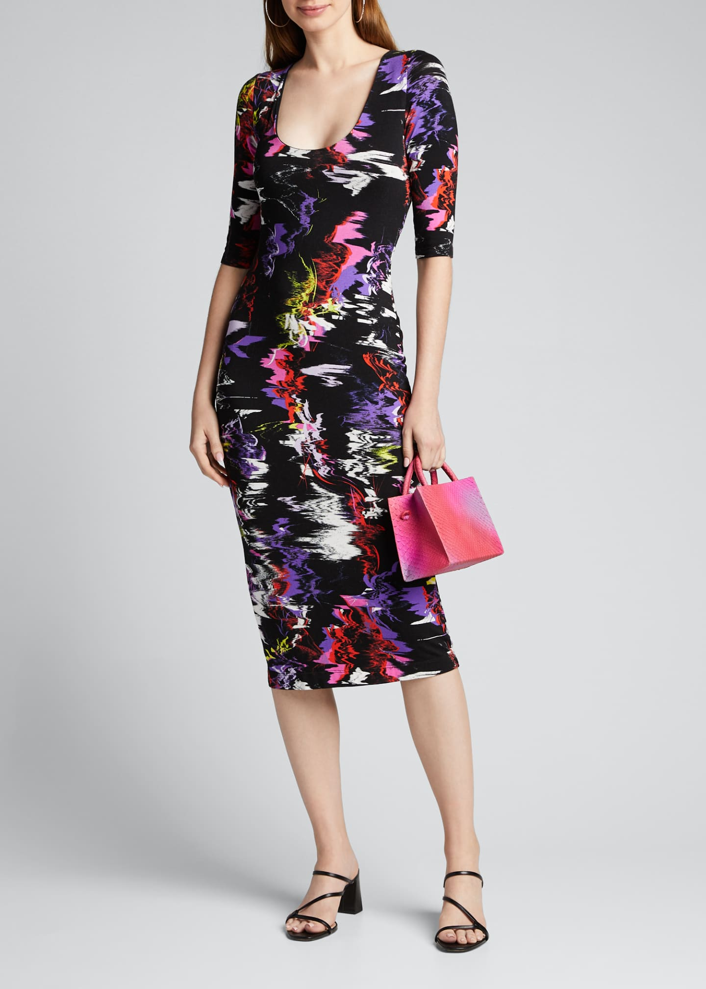 Alice + Olivia Delora Fitted Scoop-Neck Printed Dress