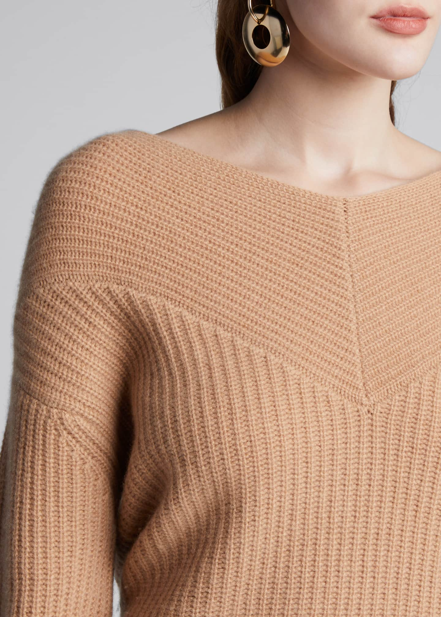 Image 4 of 5: Cashmere V-Neck Sweater