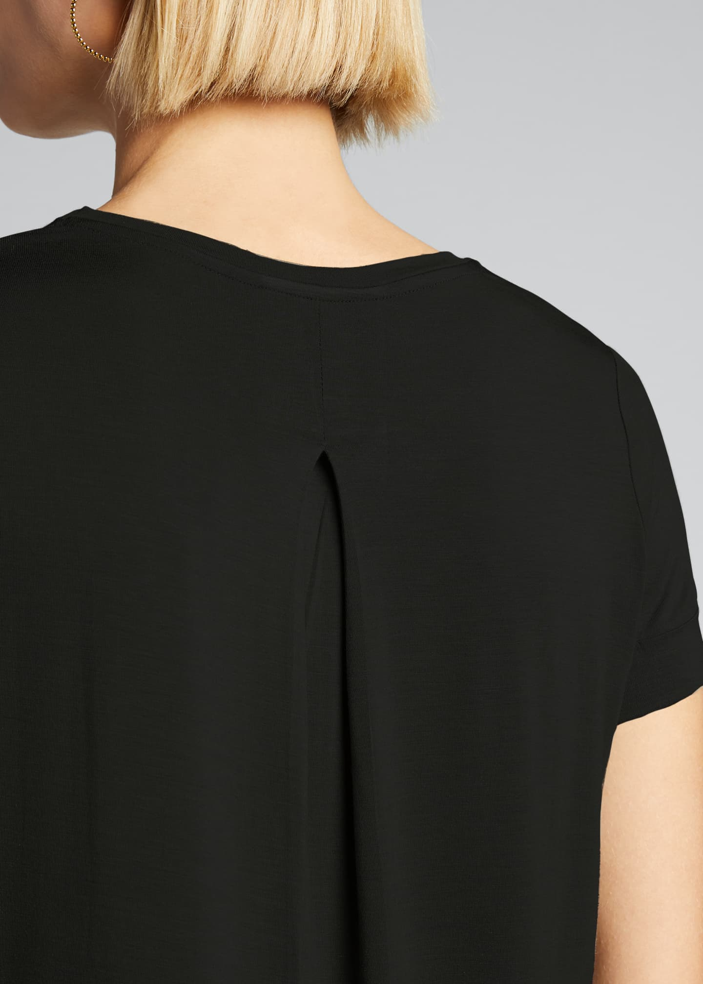 Image 4 of 5: Semi-Relaxed Crewneck T-Shirt with Back Pleat