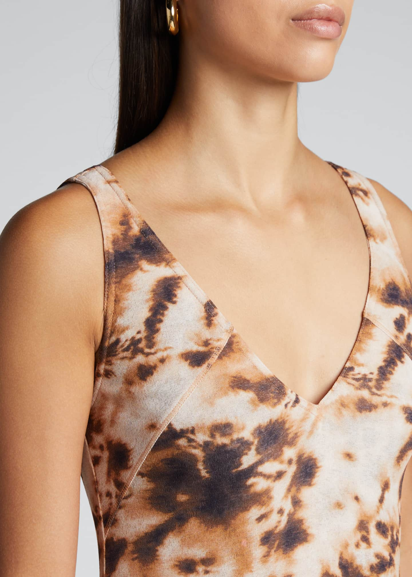 Image 4 of 5: Corrine Sleeveless Tie-Dye Long Dress
