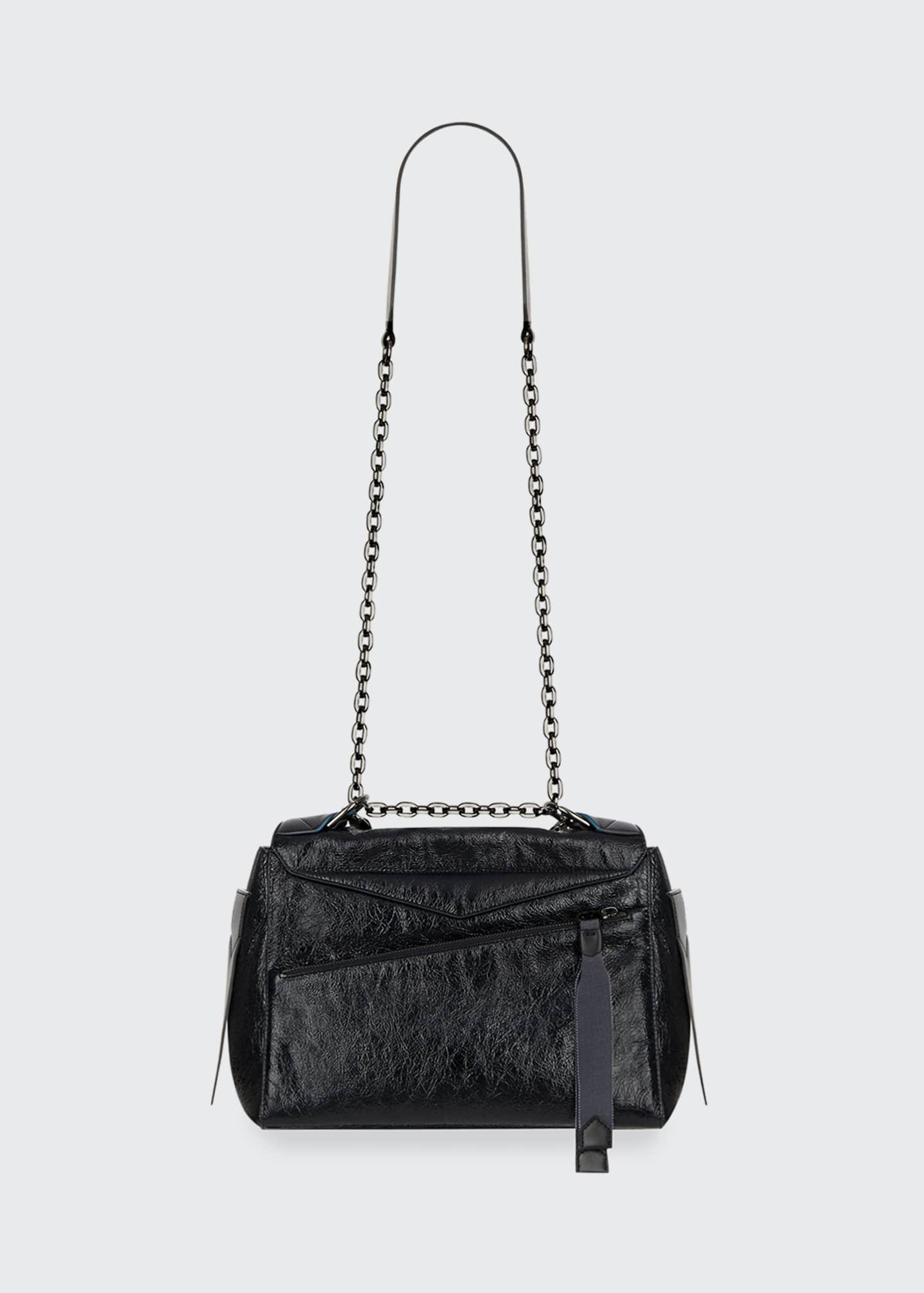 Image 3 of 4: ID Medium Shiny Shoulder Bag
