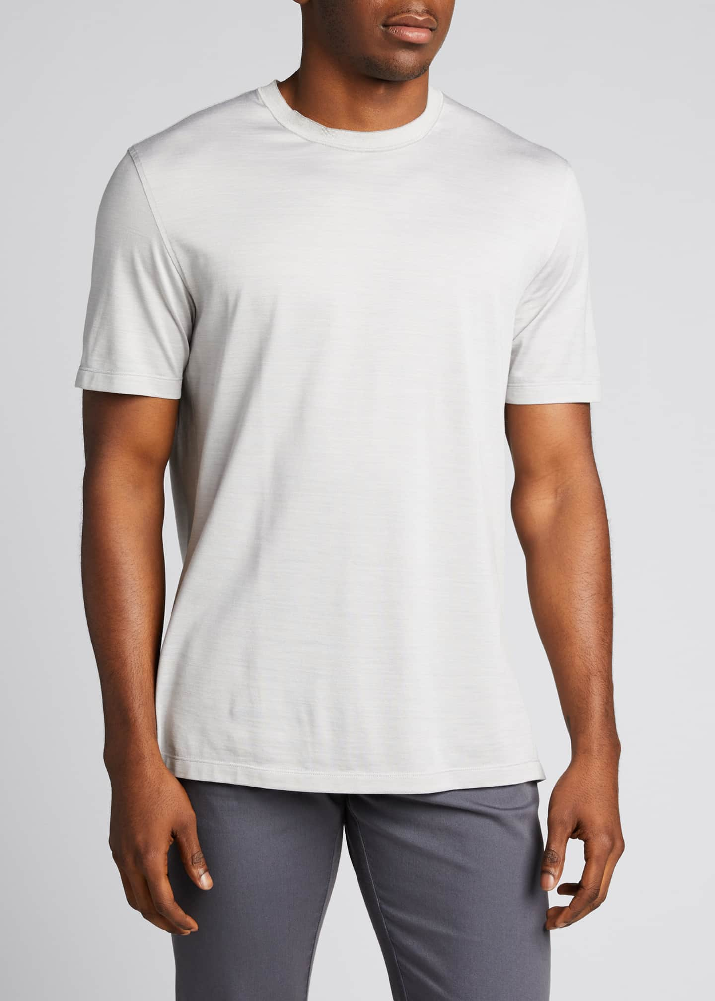 Image 3 of 5: Men's Regular-Fit Lightweight Silk-Cotton T-Shirt