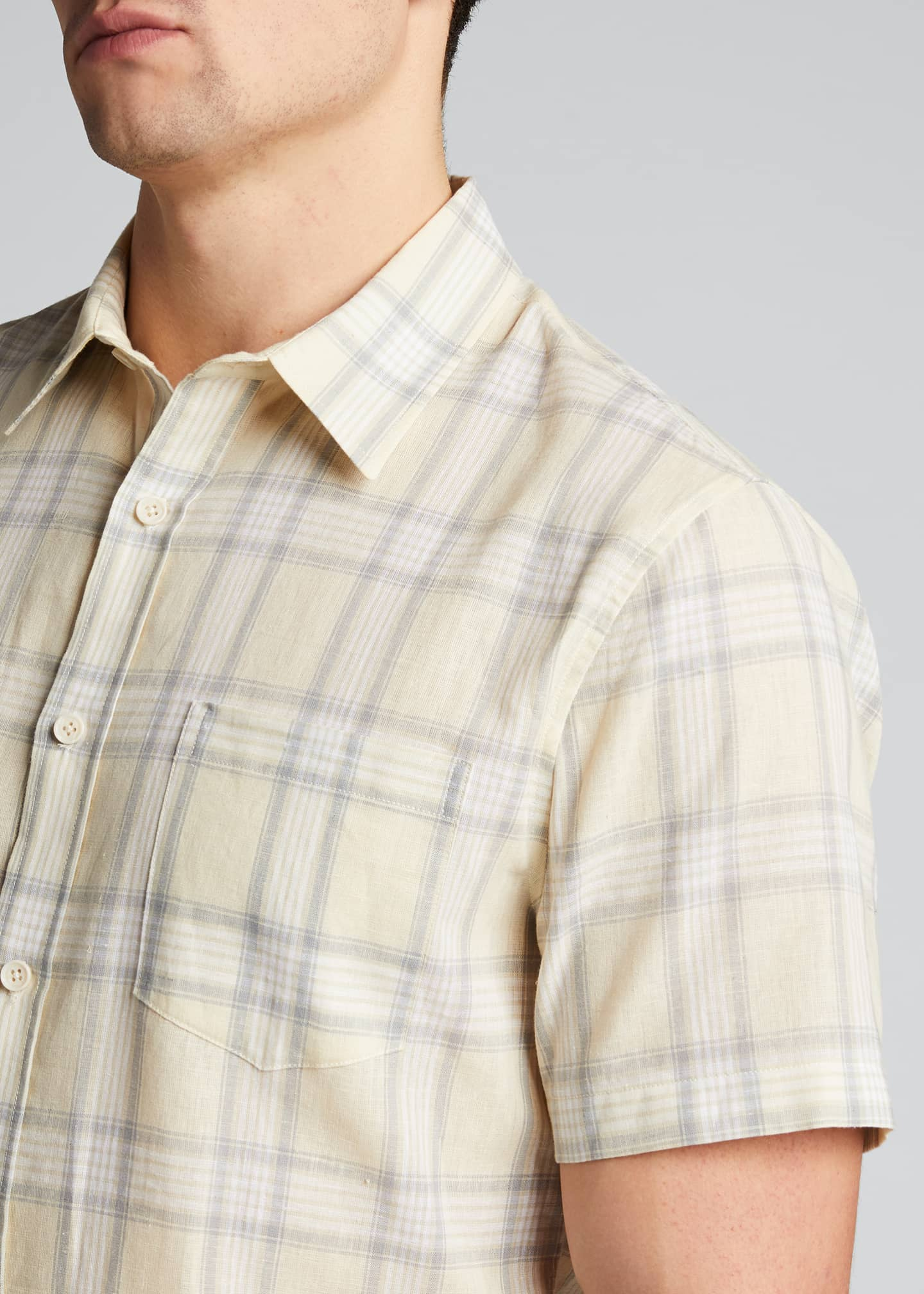 Image 4 of 5: Men's Linen Plaid Short-Sleeve Sport Shirt