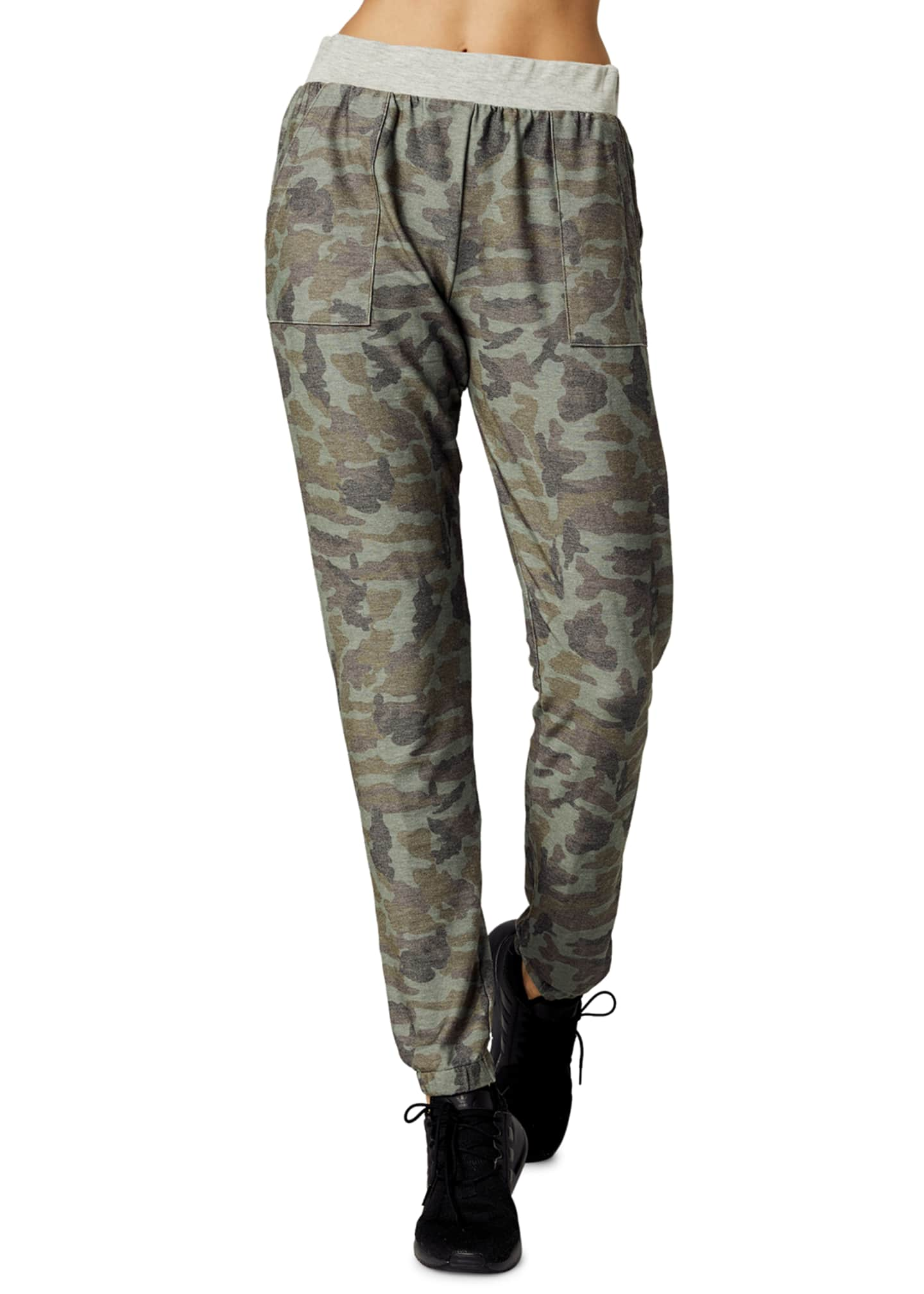 Body Language Sportswear Harlow Camo-Print Jogger Pants