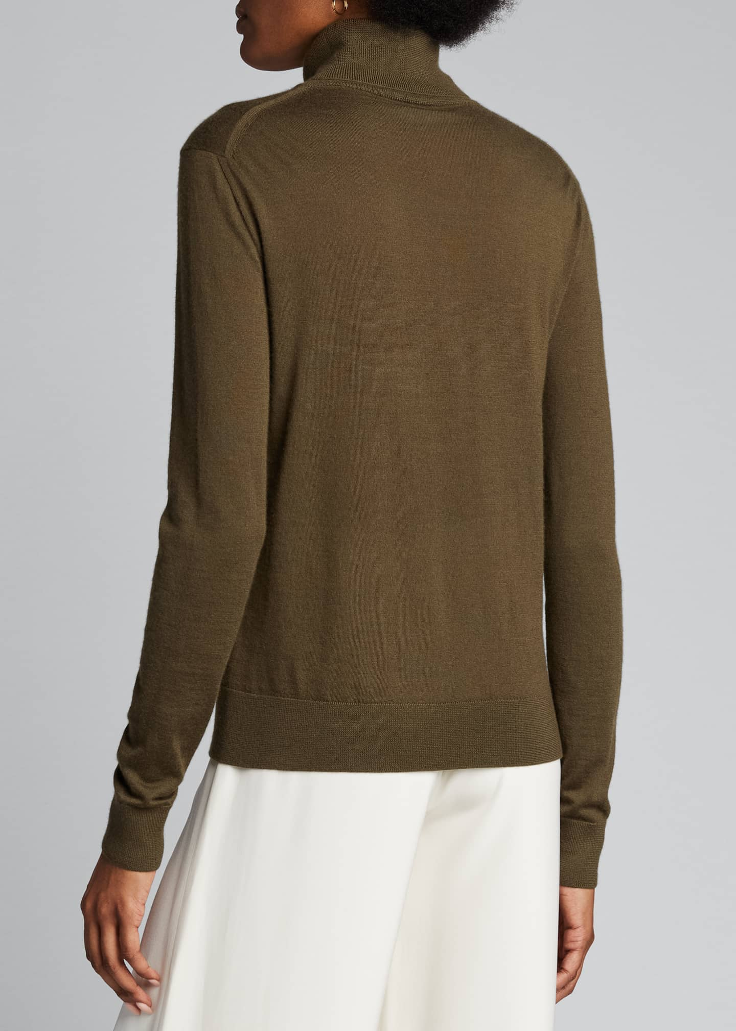 Image 2 of 5: Cashmere Fitted Turtleneck Sweater