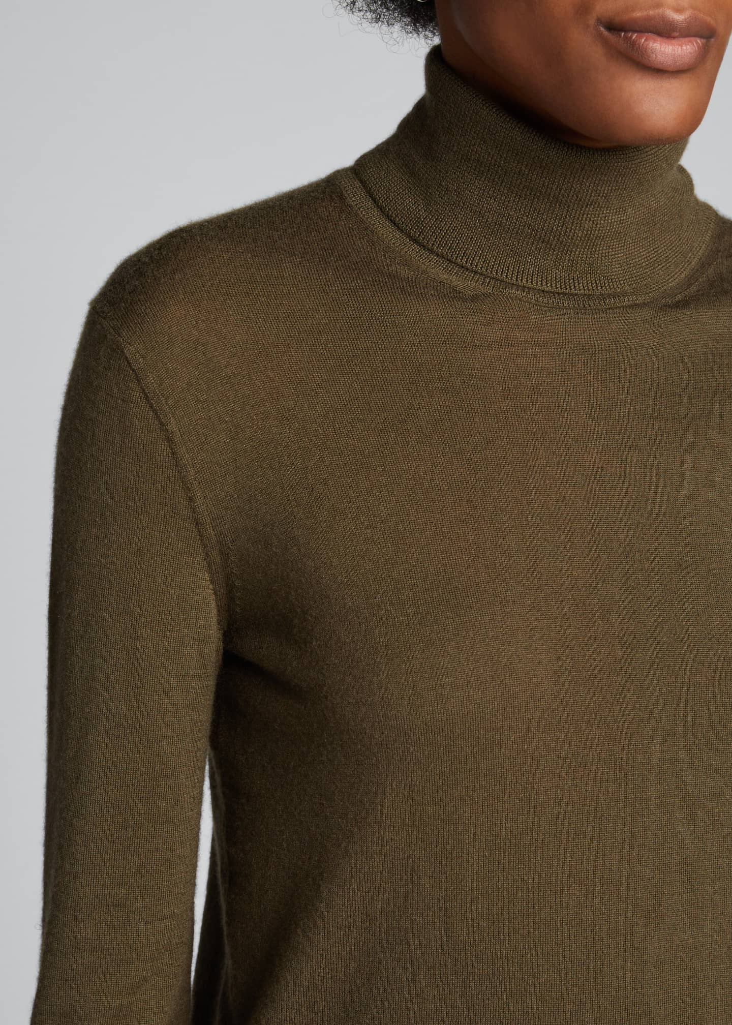 Image 4 of 5: Cashmere Fitted Turtleneck Sweater