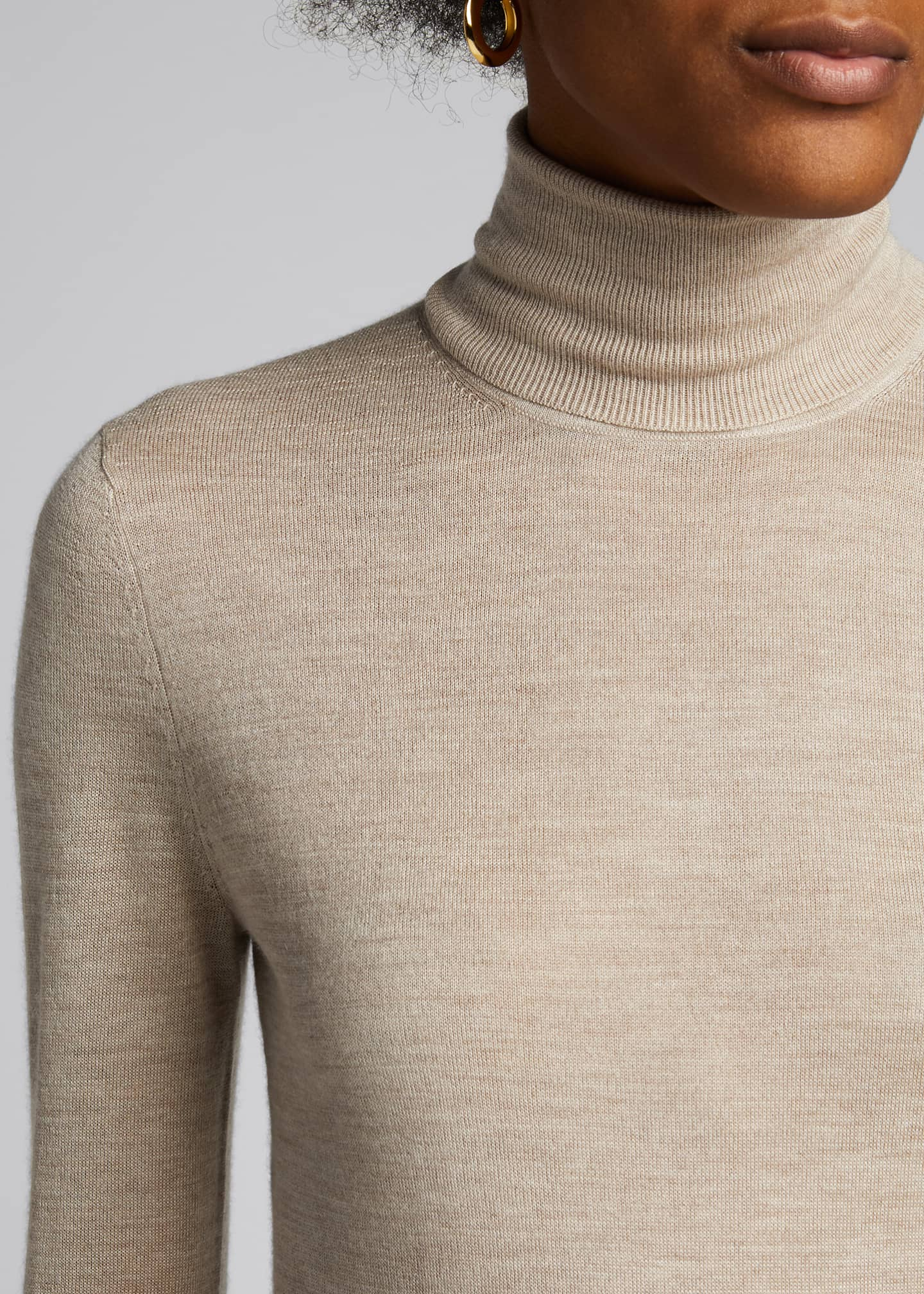 Image 4 of 5: Costa Cashmere-Silk Turtleneck Sweater