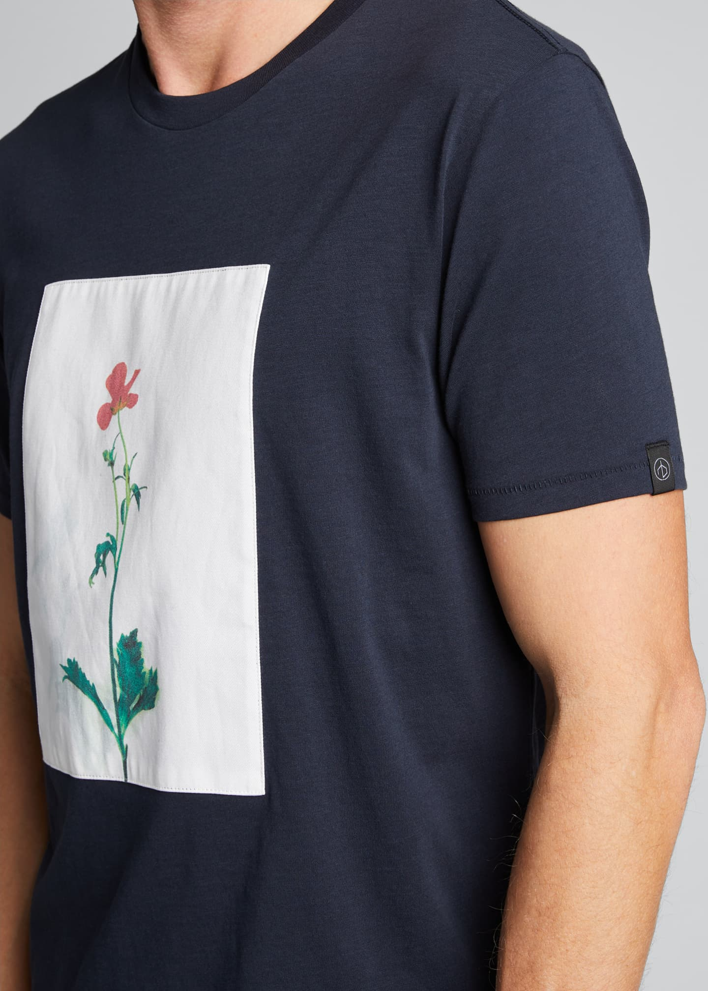 Image 4 of 5: Men's Flower Graphic T-Shirt