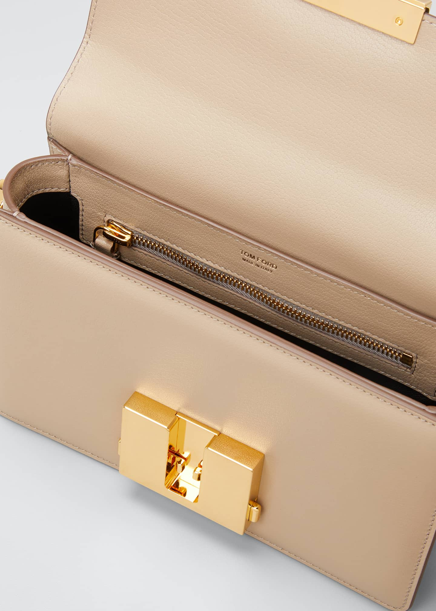 Image 4 of 5: T-Clasp Shiny Leather Shoulder Bag