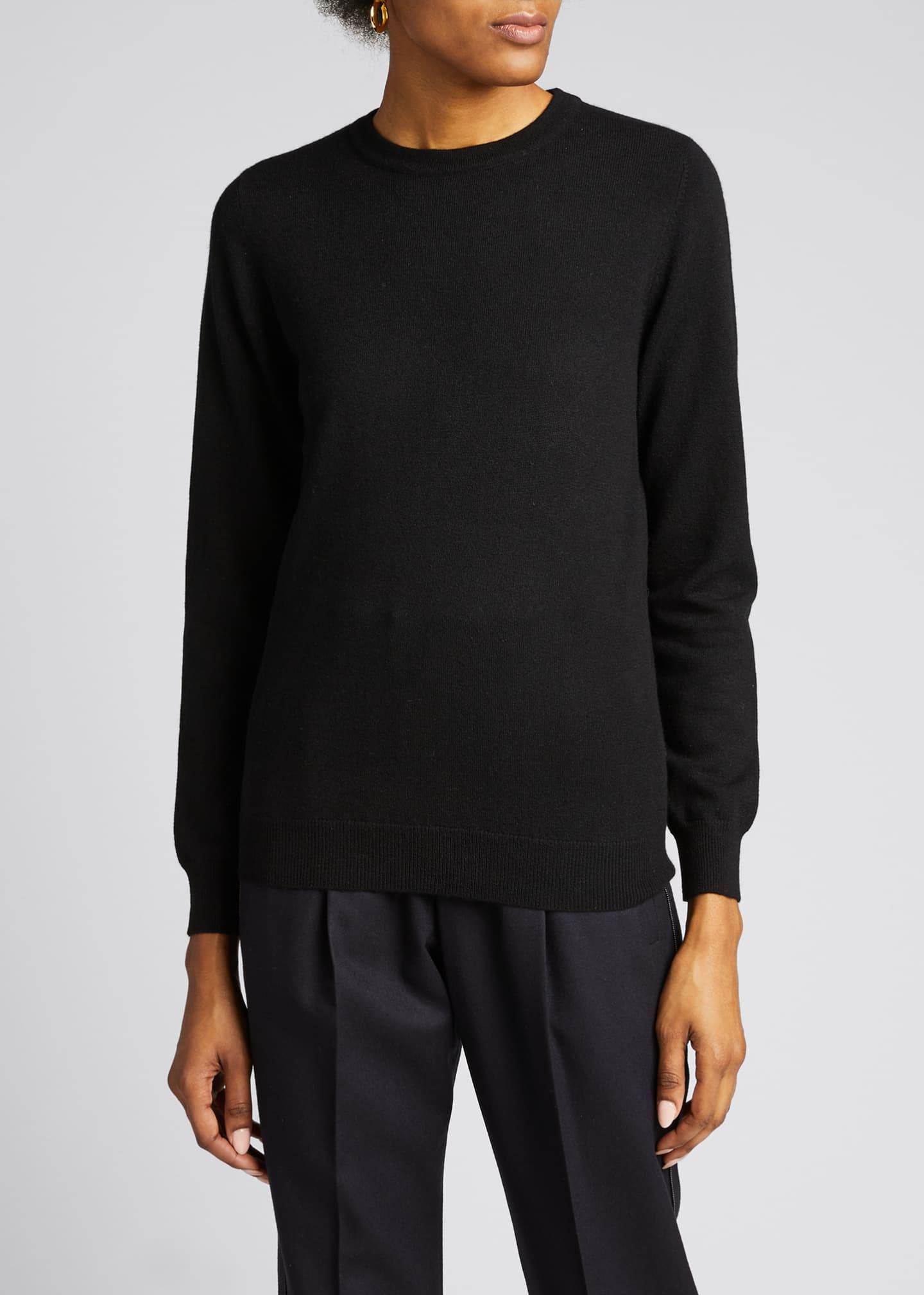 Image 3 of 5: Cashmere Basic Crewneck Sweater