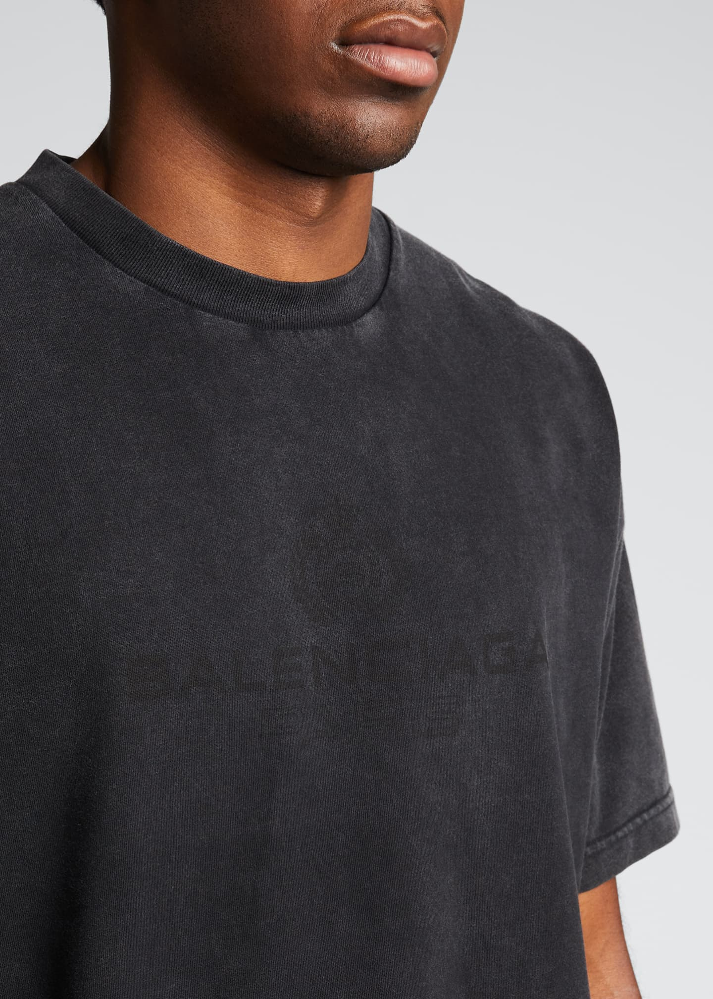 Image 4 of 5: Men's Washed Logo Crewneck T-Shirt