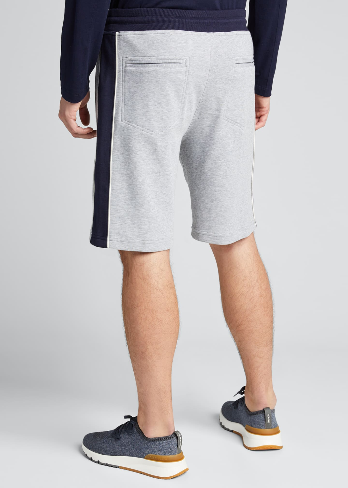 Image 2 of 5: Men's Colorblock Knit Bermuda Shorts