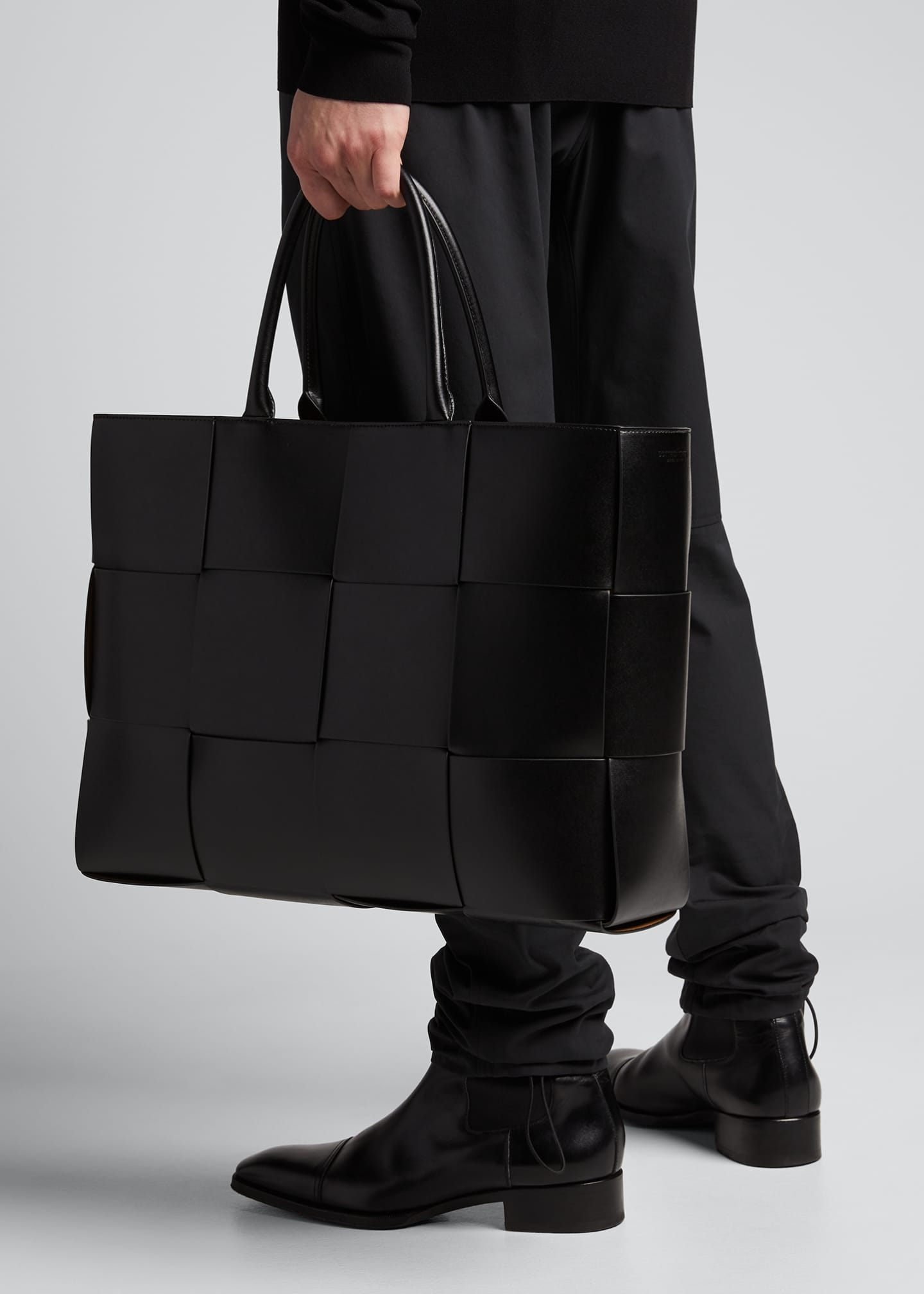 Image 2 of 5: Men's Borsa Large Woven Leather Tote Bag