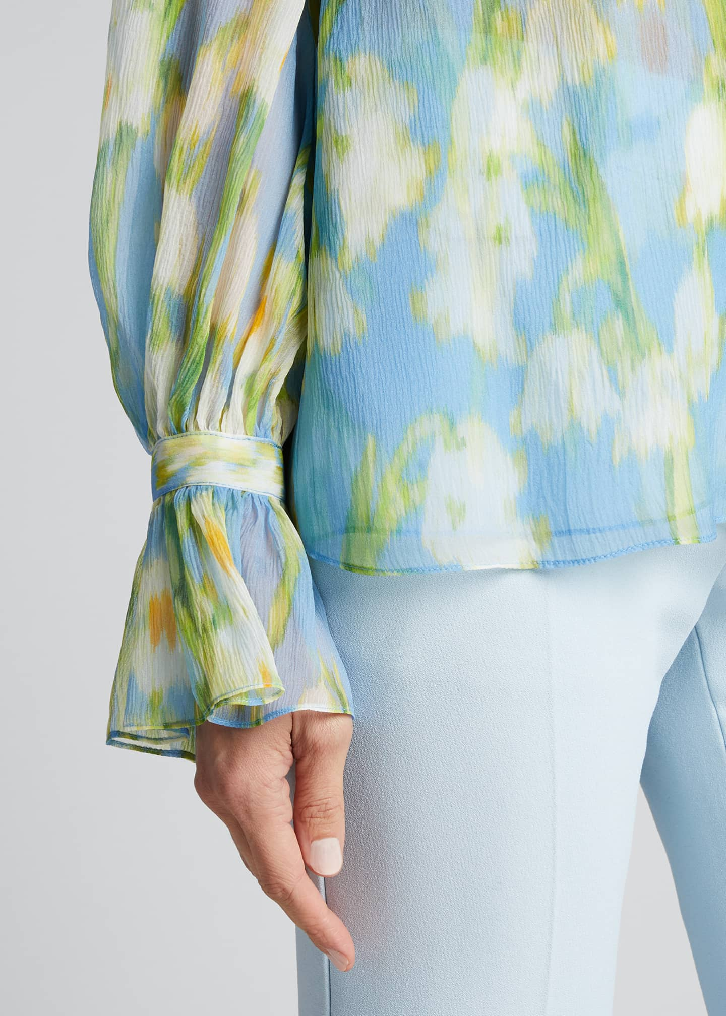 Image 4 of 5: Floral Print Chiffon Puff-Sleeve Shirt