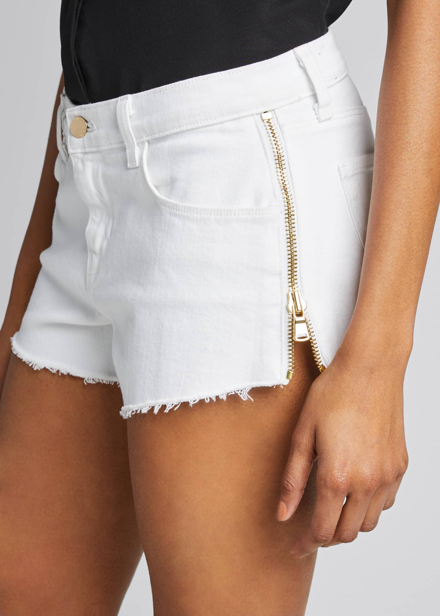 Image 4 of 5: Audrey High-Rise Zip Shorts