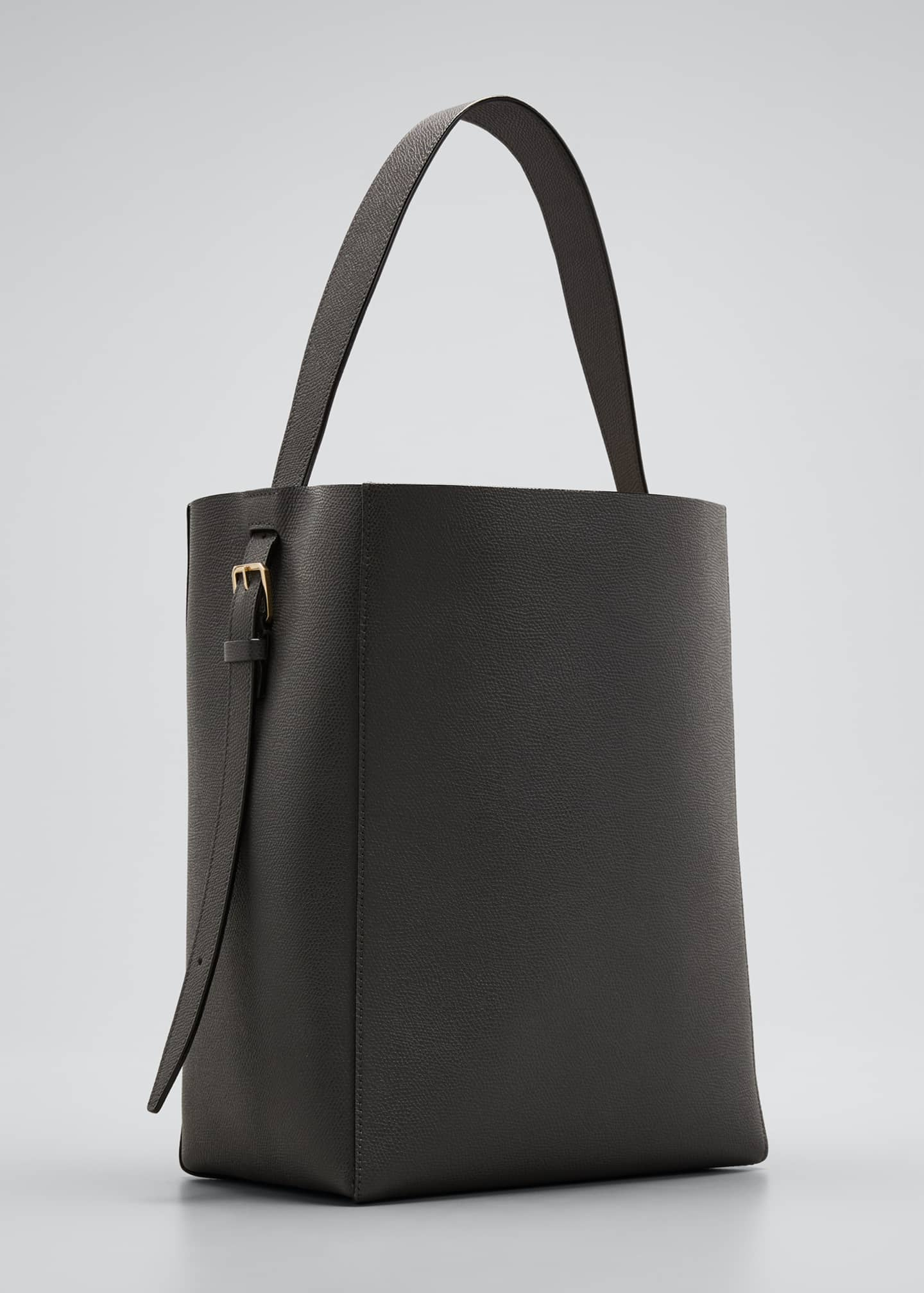 Image 3 of 5: Leather Bucket Tote Bag