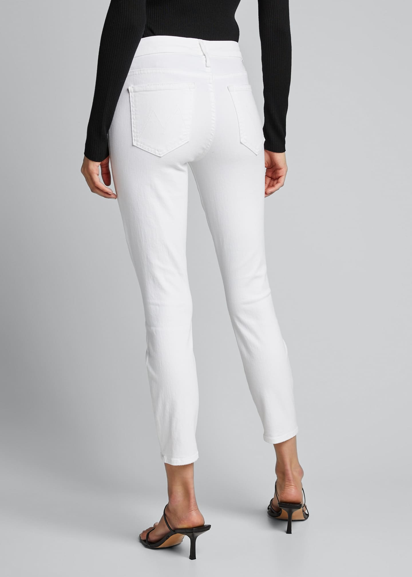 Image 2 of 5: The Looker Crop Jeans