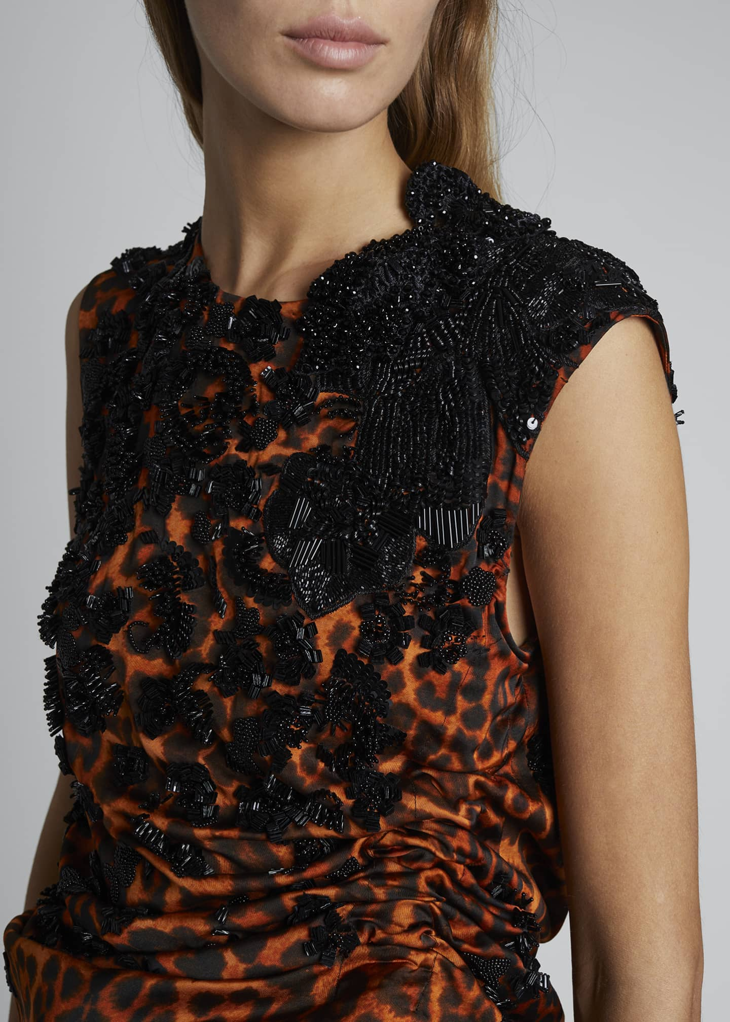 Image 3 of 3: Leopard Embroidered Ruched Top
