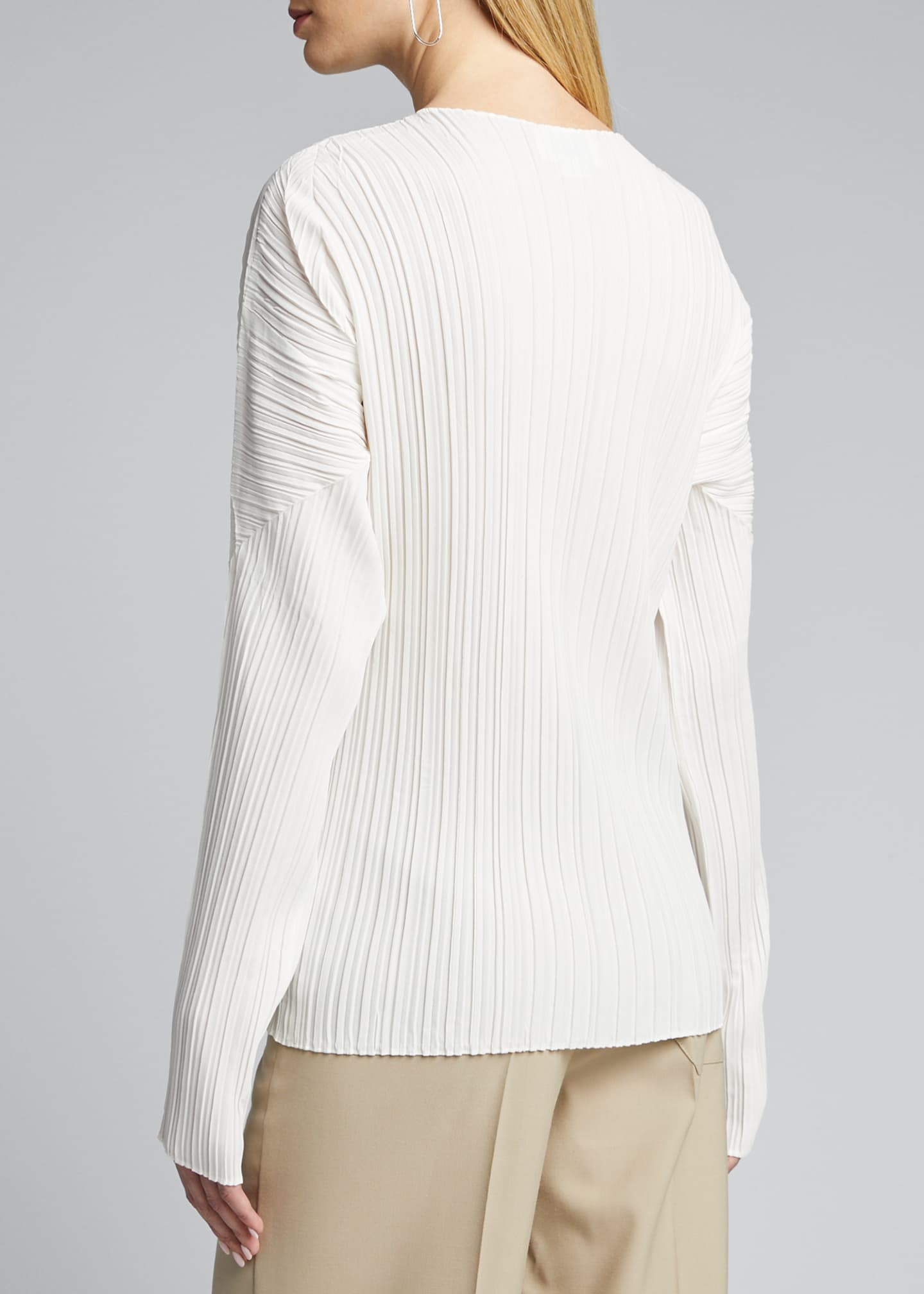 Image 2 of 5: Long-Sleeve Mushroom Pleated Top
