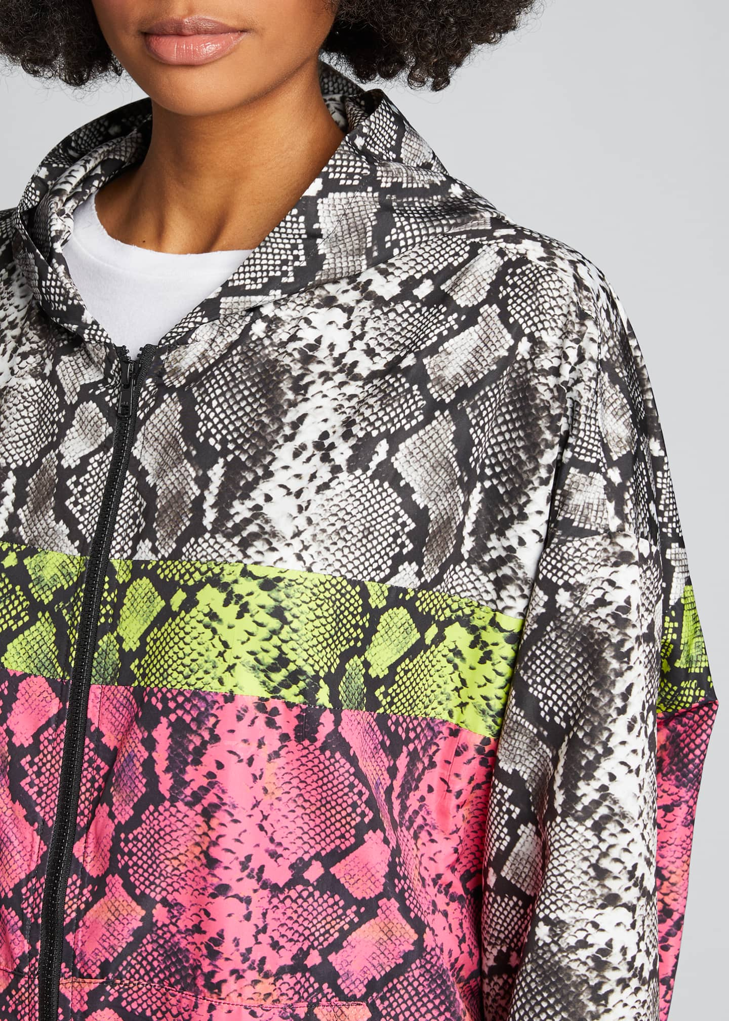 Image 4 of 5: Colorblocked Snake-Print Wind-Resistant Jacket